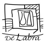 Restaurante De Labra. Integramos la modernidad con lo rústico, la calidez con el minimalismo y el gusto con el confort.