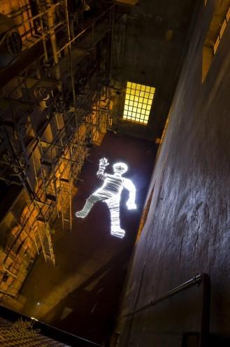 Giant Lightman making of