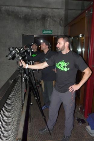 Dave, Frodo y Edu, equipo especial Children of Darklight, toman posiciones para la foto colectiva