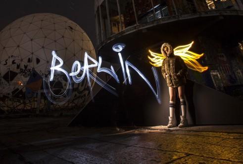 Foto: Sfhir. Lightpainting: Sfhir. Model: Almudena Quiroga