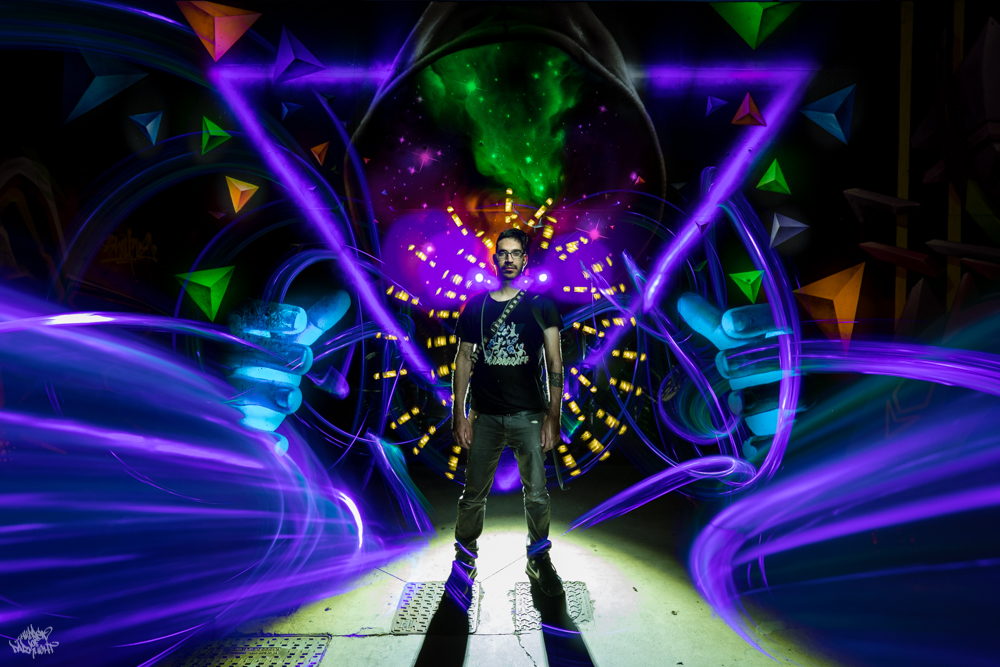 Graffiti artist: Sfhir; Lightpainters: Frodo DKL & Sfhir, model: @ele_man_1
