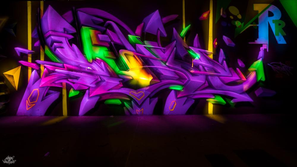 Graffiti artist: @rudiart1; Lightpainters: Frodo DKL & Sfhir