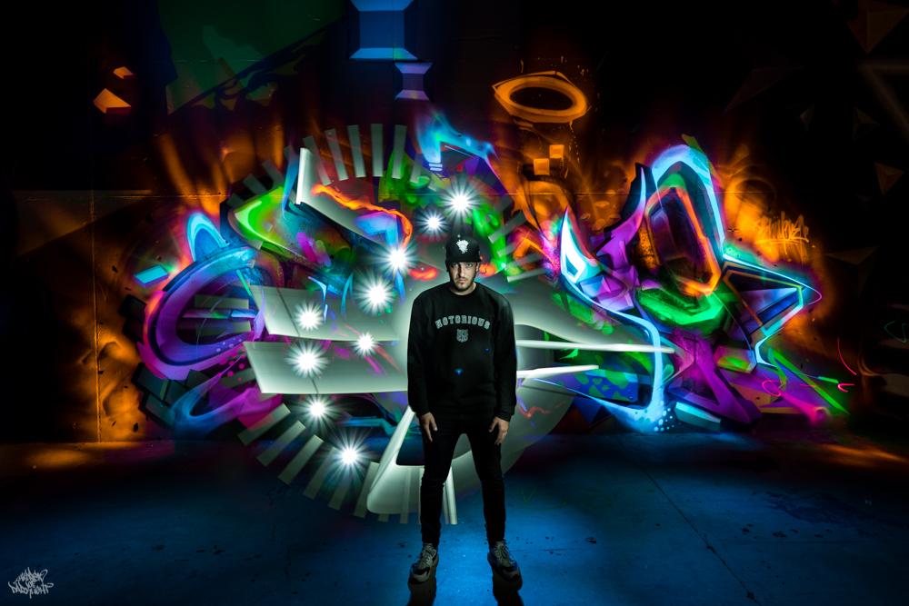Graffiti artist: @heliobray; Lightpainters: Frodo DKL & Sfhir; Model: @riderartmadrid