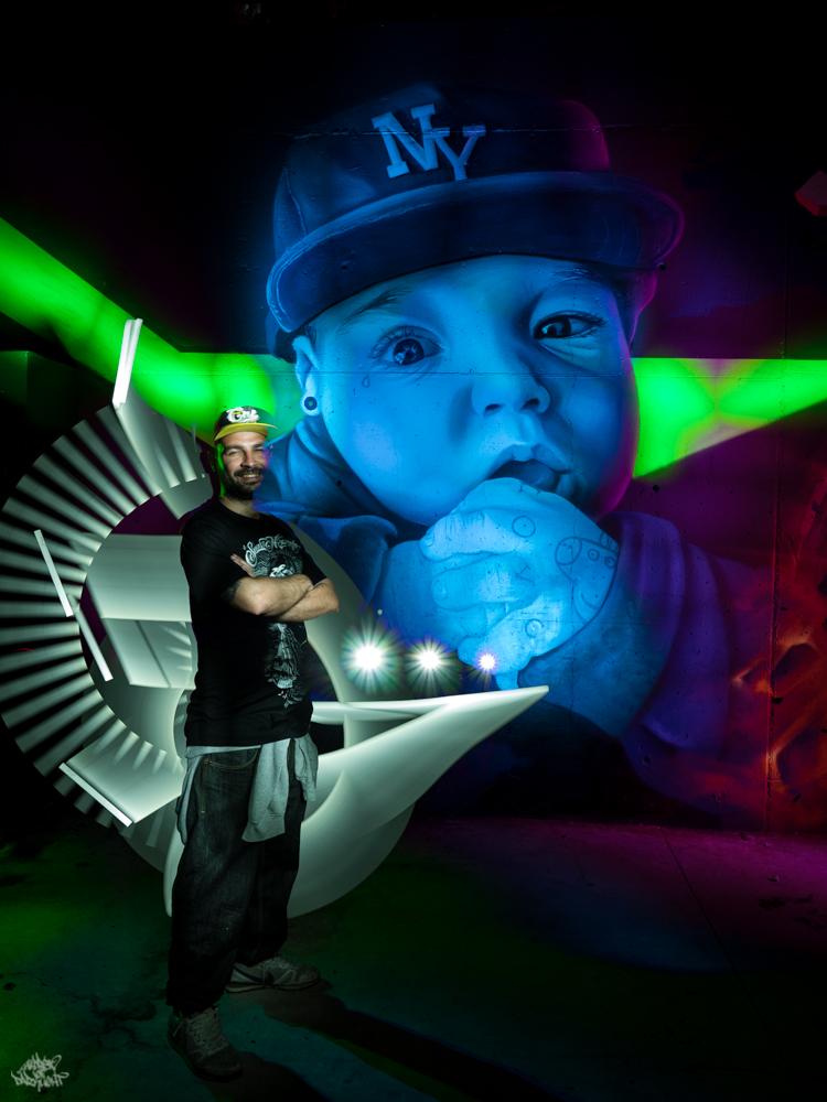 Graffiti artist: @mondevane; Lightpainters: Frodo DKL & Sfhir; Model: @mondevane