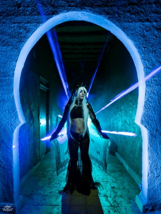 LIGHTPAINTERSUNITED #3 MERZOUGA MEETING 2018. Photo: Frodo DKL (Children of Darklight). Model: Patry Diez
