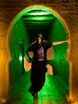 LIGHTPAINTERSUNITED #3 MERZOUGA MEETING 2018. Photo: Frodo DKL (Children of Darklight). Model: Frodo. Lightpainting: Patry