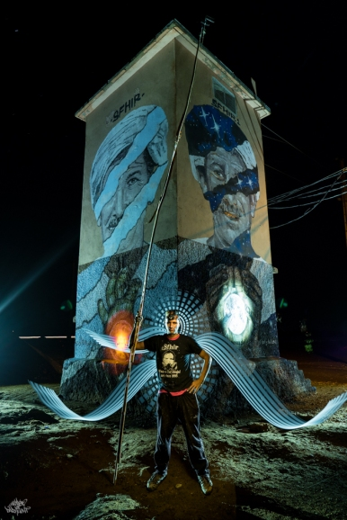 LIGHTPAINTERSUNITED #3 MERZOUGA MEETING 2018. Photo: Frodo DKL (Children of Darklight). Model: Sfhir. Lightpainters: Frodo DKL & Patry Diez